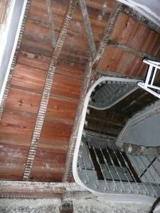 estructura escalera madera