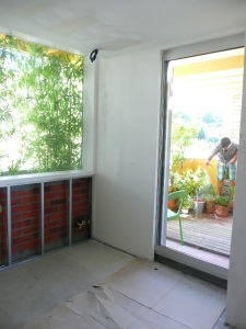 dormitorio niños obra ventana cristalera bambú