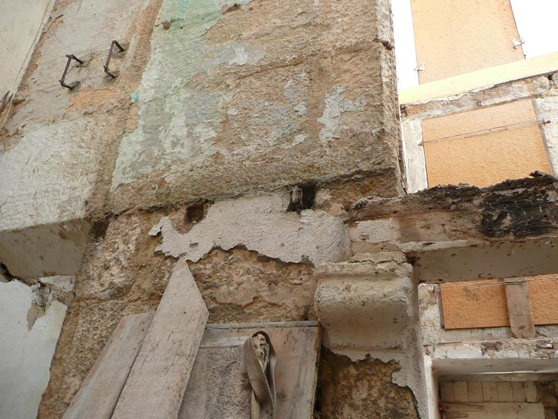 Apoyo de vigas de madera en muros de carga el blog de la - Como colocar vigas de madera ...