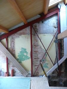 apoyo vigas madera en estructura auxiliar metálica