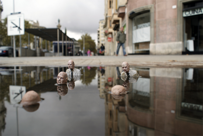 street art isaac cordal barcelona
