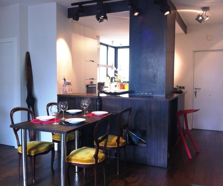 mesa comedor extendida barra madera apartamento pequeño