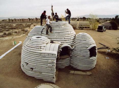 Superadobe vivienda autoconstruccion sacos terreros cupular