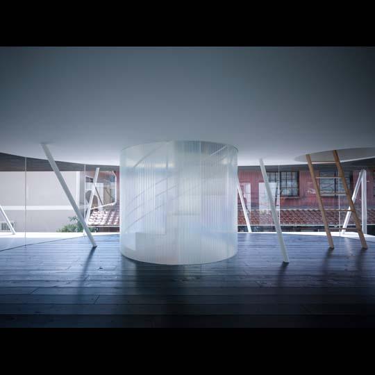 NAF architects & design vivienda unfamiliar vivienda japon pilares inclinados