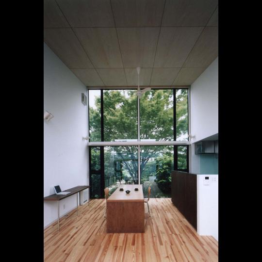 NAF architects & design vivienda unfamiliar japon gran cristalera