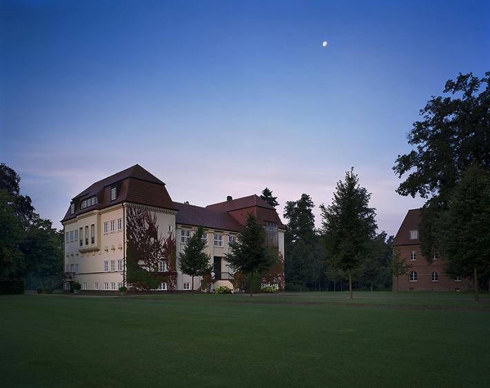 Herrenhaus Neumühle rehabilitación palacete Thomas Krogen