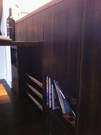mesa comedor guardar patas barra madera apartamento pequeño